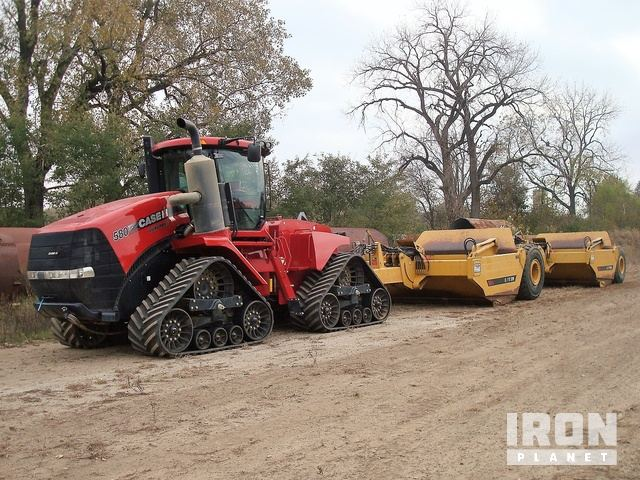 2015 Case IH 580S Quadtrac Scraper Tractor w/ (2) Pull