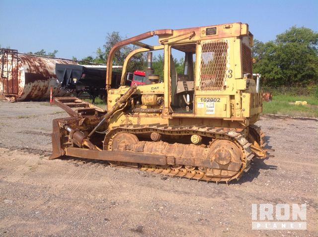 Cat D5B Crawler Dozer in Denison, Texas, United States
