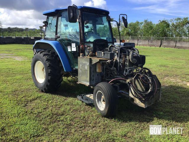 Surplus New Holland T5050 Broom Tractor in Santa Rita, Guam, United