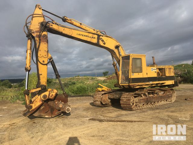 Cat 235 Track Excavator in Cleveland, Ohio, United States