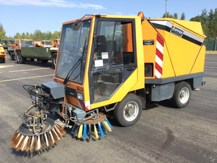 Sweepers / Scrubbers