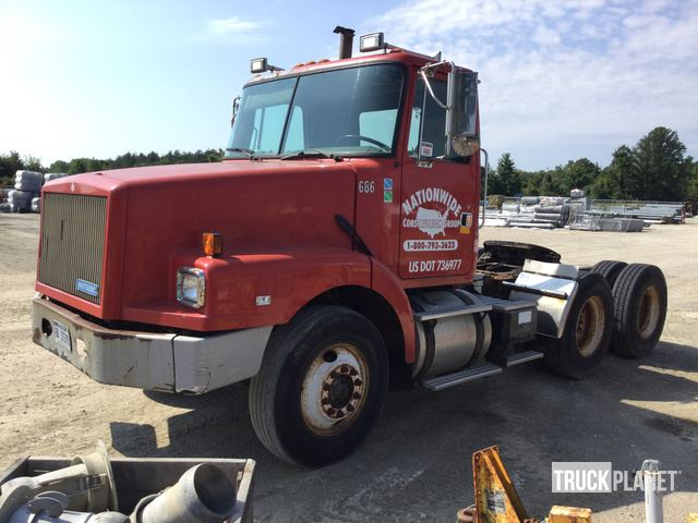 1995 White/GMC WG T/A Day Cab Truck Tractor in Richmond, Michigan, United States (TruckPlanet Item #1674153)