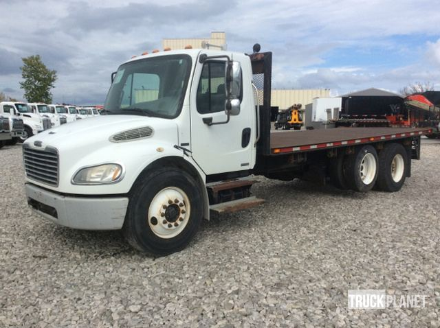 2007 Freightliner M2 106 T/A Flatbed Truck in Olathe, Kansas, United