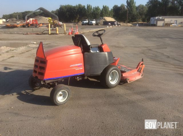 Surplus Jacobsen Turfcat T528D Mower in Nampa, Idaho, United States