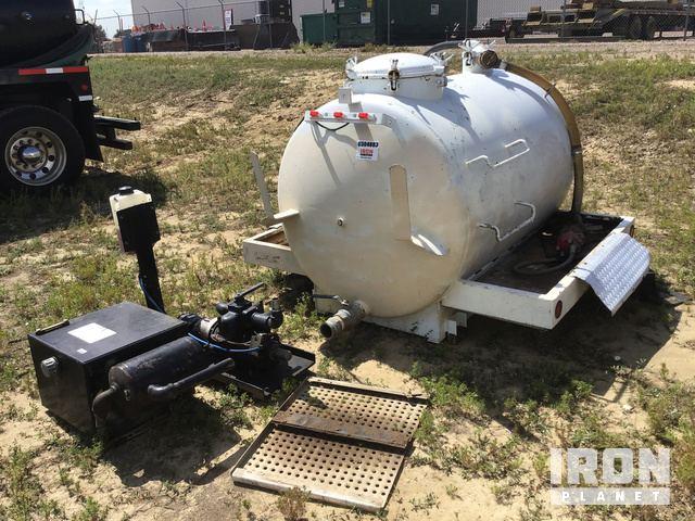 Vacuum Tank, w/Pumps, PTO & Hydraulic Tank in Longmont, Colorado