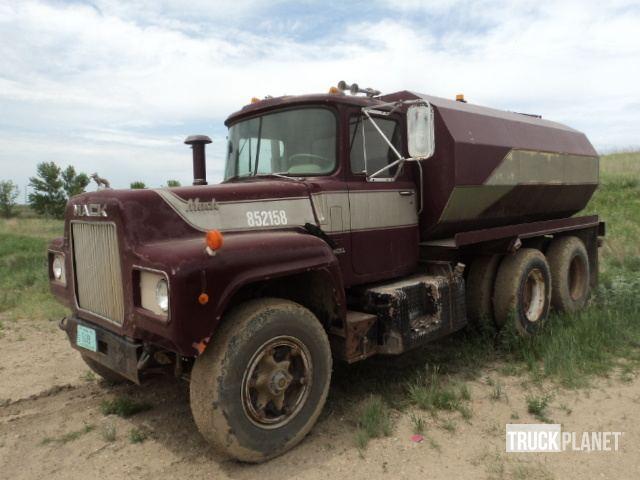 1973 Mack R685ST T/A Water Truck in Gwinner, North Dakota