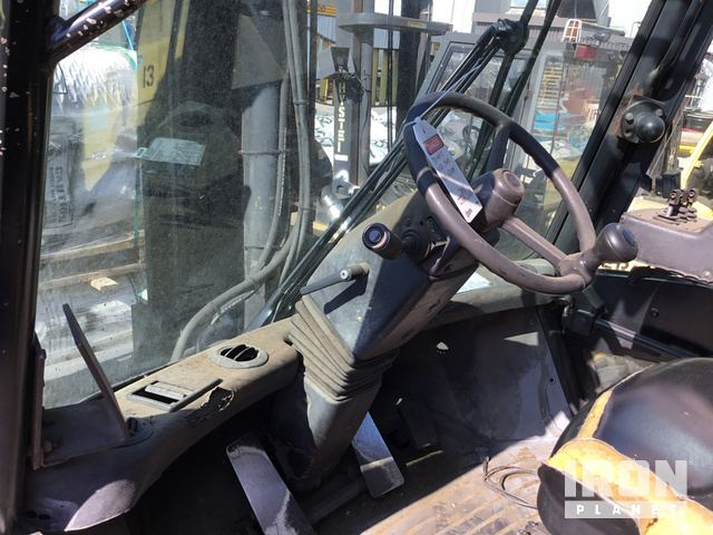 2005 Hyster H210HD Pneumatic Tire Forklift in Delta, British