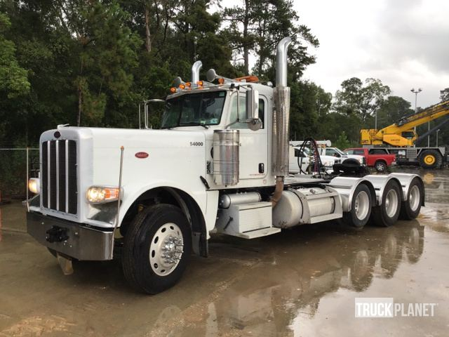 2011 Peterbilt 389 Tri/A Day Cab Truck Tractor in Sulphur