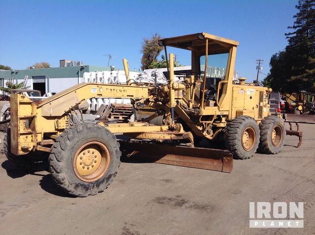 Cat 12G Motor Grader in Mountain View, California, United