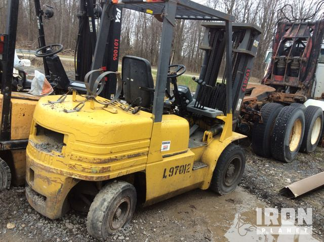 Cat GP30 Pneumatic Tire Forklift in Williamson, New York