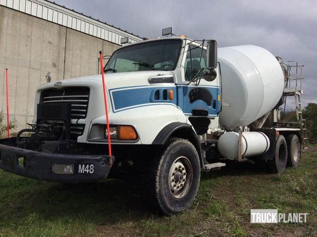 1999 Sterling LT9513 T/A Mixer Truck in Farmington, New York