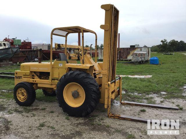 Massey Ferguson MF2500 Rough Terrain Forklift in Bourg