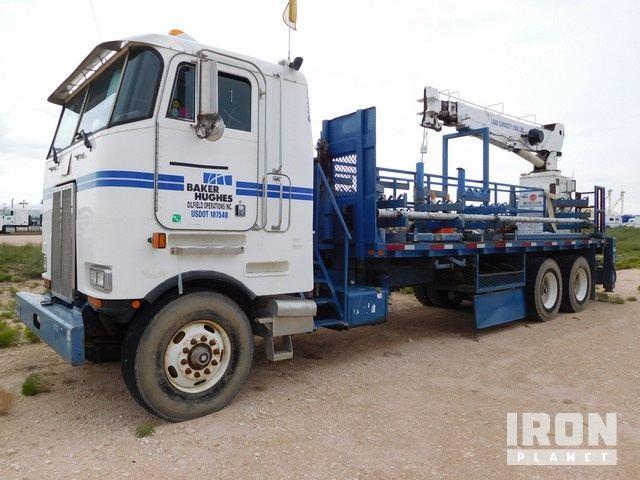 Lot 113 - 1998 PETERBILT 362 T/A Hardline Cabover Truck, V