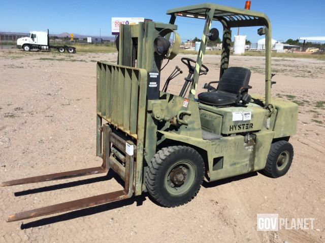 Surplus Hyster H40-XL-MIL Pneumatic Tire Forklift in Las Cruces, New