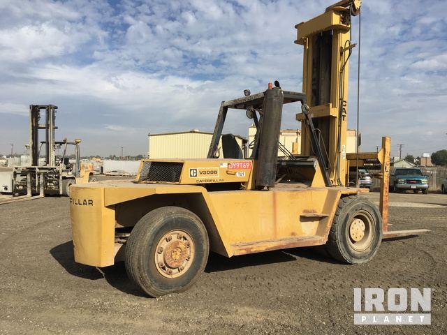 Cat V300B Pneumatic Tire Forklift in Tulare, California