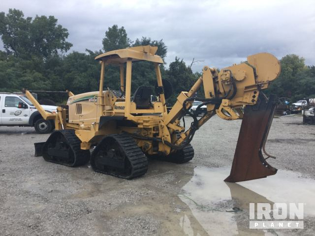2007 Vermeer RTX1250 Cable Plow in Grandview, Missouri, United