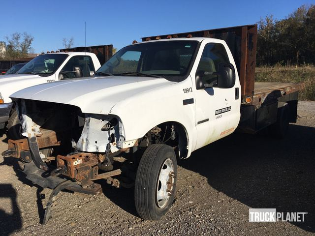 2001 Ford F 450 Xl Super Duty S A Flatbed Truck In