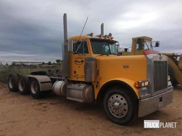 1991 Peterbilt 379 Tri/A Sleeper Truck Tractor in Melrose
