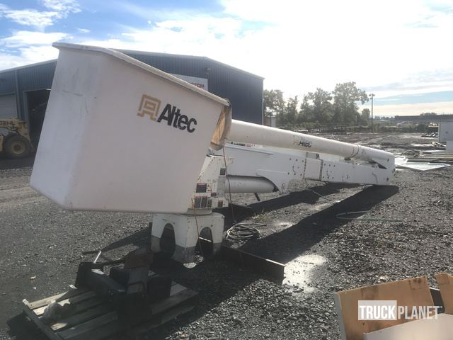 Altec AA55E Truck Mounted Boom in Cabot, Arkansas, United