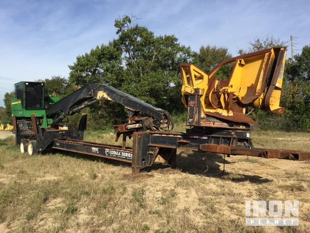 2012 John Deere 437D Trailer Mounted Log Loader in Macon