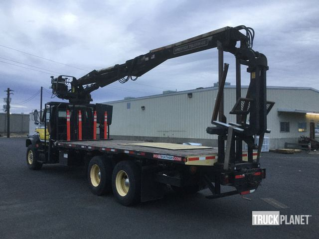 1994 Ford LTS9000 Flatbed Truck w/Crane in Yakima