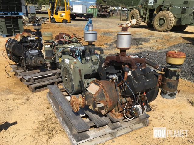 Surplus Lot of (5) Wisconsin V465D Engines in Saraland