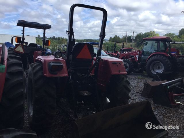 2014 Mahindra 4530 4WD Tractor in Kingsport, Tennessee, United