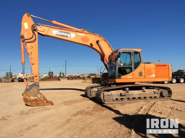 2011 Doosan DX225LC Track Excavator in Midland, Texas