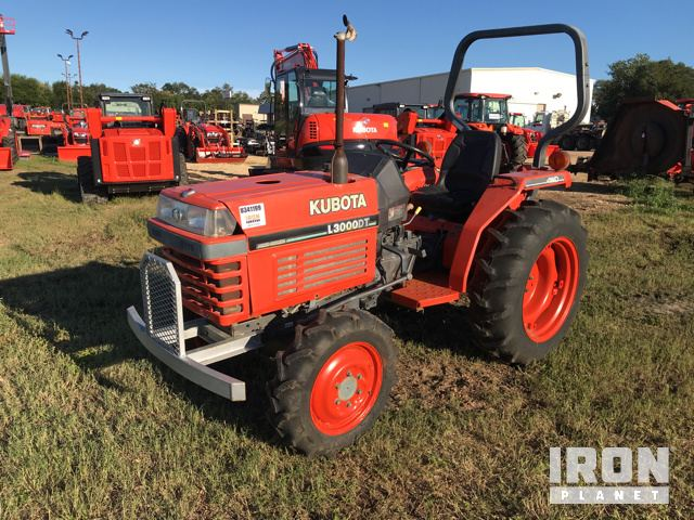 Kubota L3000DT 4WD Utility Tractor in Victoria, Texas, United States