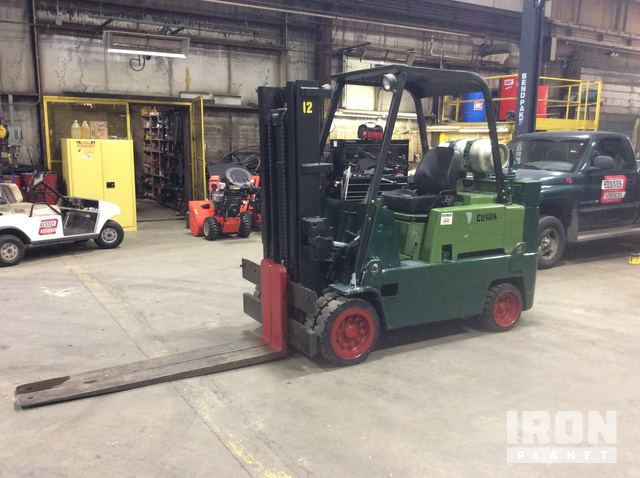 Clark C500-100 Cushion Tire Forklift in West Milwaukee, Wisconsin