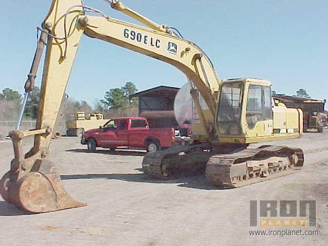 1995 John Deere 690E LC Track Excavator: <70t