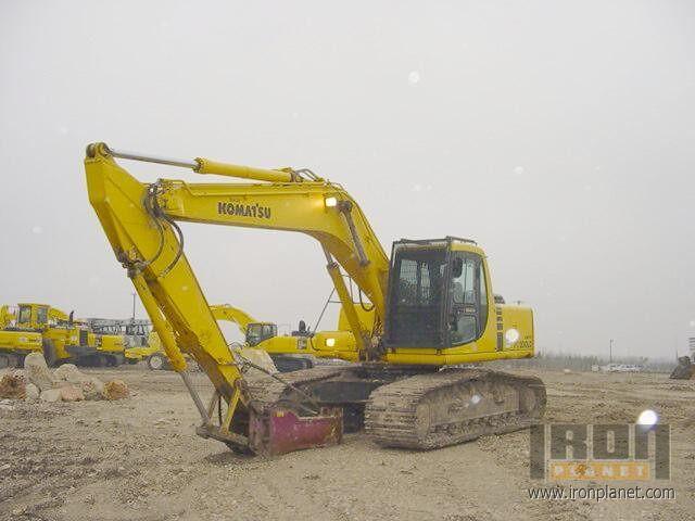 1999 Komatsu PC200 LC-6 Track Excavator in Austin, Texas