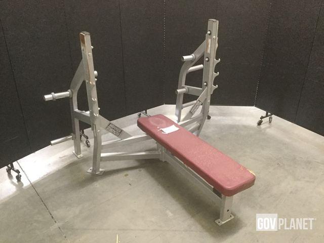Surplus Hammer Strength A00 Bench Press in North Las Vegas