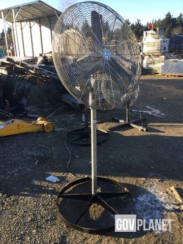 Surplus Airmaster Air Circulator Electric Fan in Lakewood