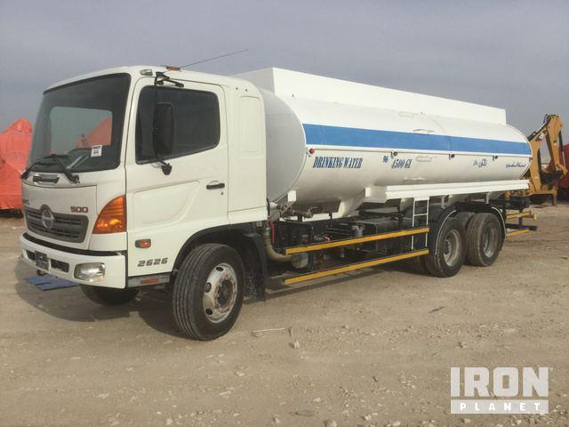 2014 Hino 500 2626 6x4 Water Truck in ZEVENBERGEN, NORTH BRABANT