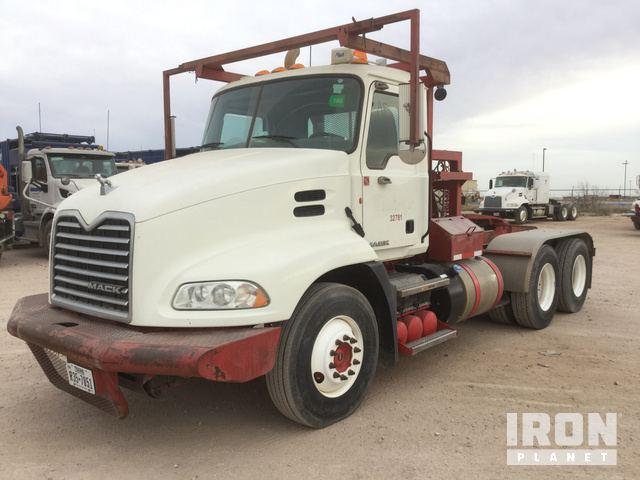 2012 Mack CXU613 T/A Winch Truck in Odessa, Texas, United States