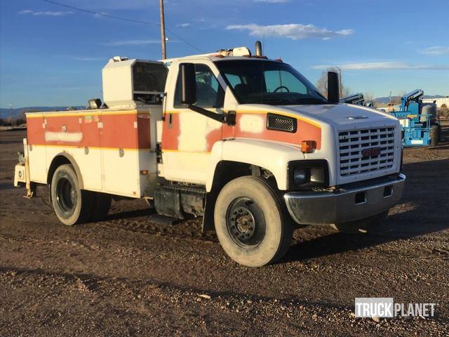 2006 GMC C7500 S/A Service Truck w/ Crane in Pueblo, Colorado