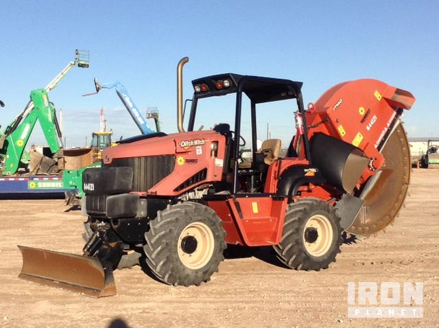 2014 ditch witch rt120 trencher