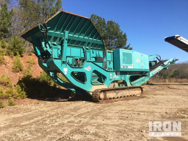 2010 Powerscreen XR400S Tracked Mobile Jaw Crusher Plant in