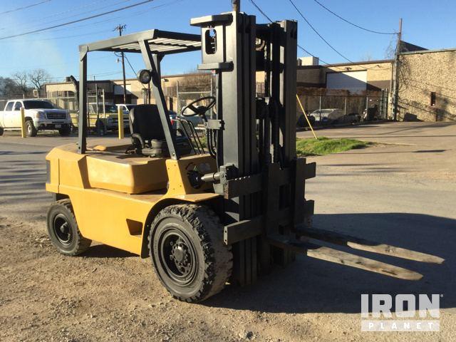 Cat DPL40 Pneumatic Tire Forklift in Dallas, Texas, United