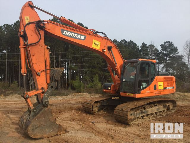 2014 Doosan DX225LC-3 Track Excavator in Garner, North