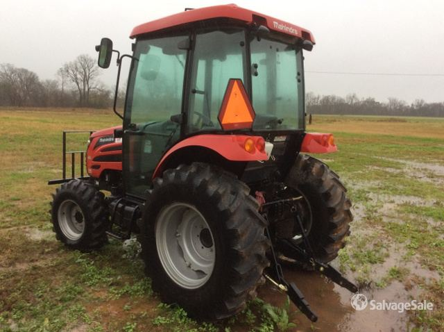 2015 (unverified) Mahindra MAD 2555 4WD Tractor in