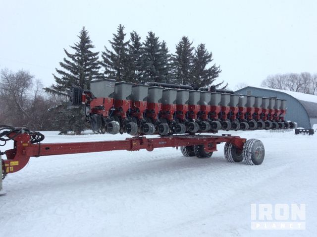 2013 Unverified Case Ih Early Riser 1245 Planter In Neerlandia