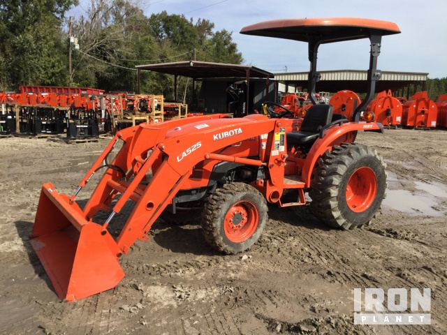 2015 Kubota L2501D 4WD Tractor in Hastings, Florida, United
