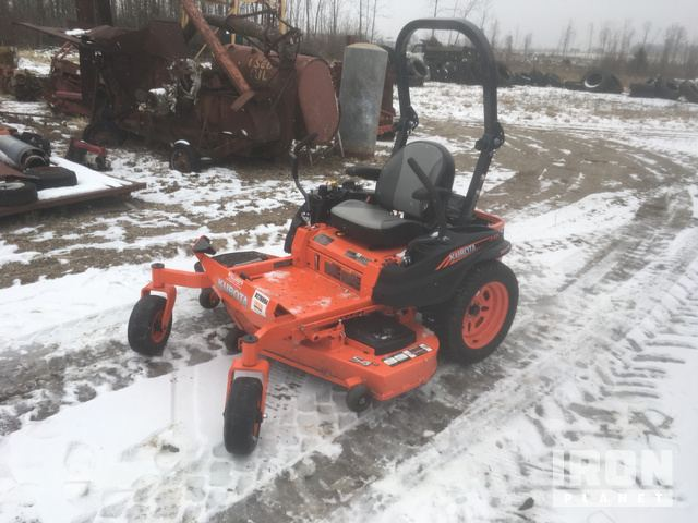 Kubota Z421KW Mower in West Branch, Michigan, United States