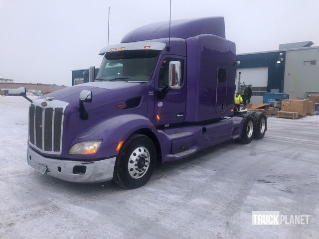2015 Peterbilt 579 T/A Sleeper Truck Tractor in Regina