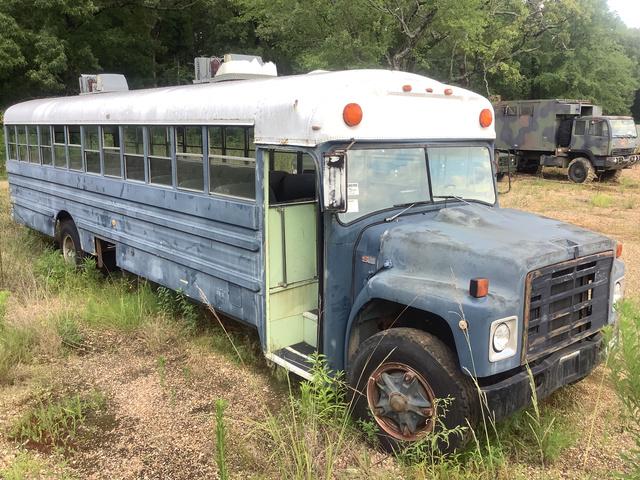 1984 Ward SS-31 Bus
