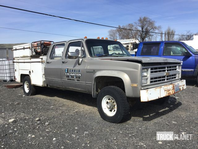 1985 Chevrolet K30 4x4 Service Truck in Ephrata, Washington, United