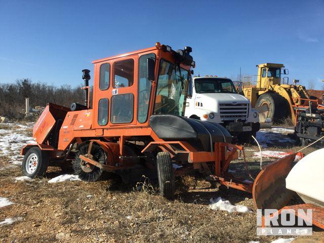 2014 Broce KR350 Broom Tractor in Troy, Missouri, United