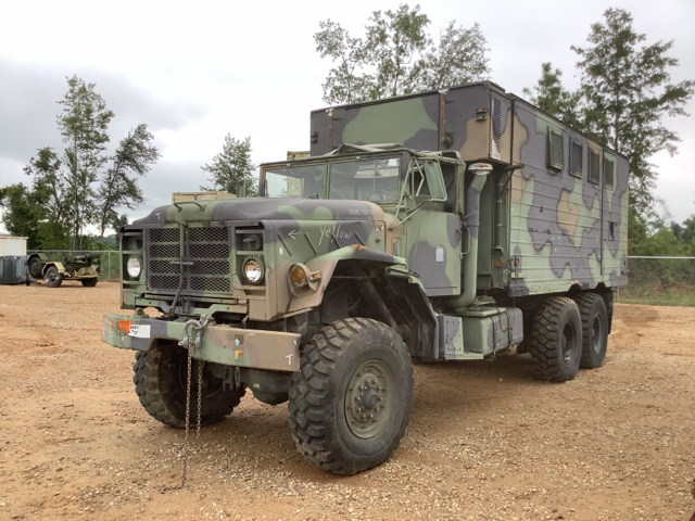 1986 AM General M934A1 5 Ton 6x6 Van